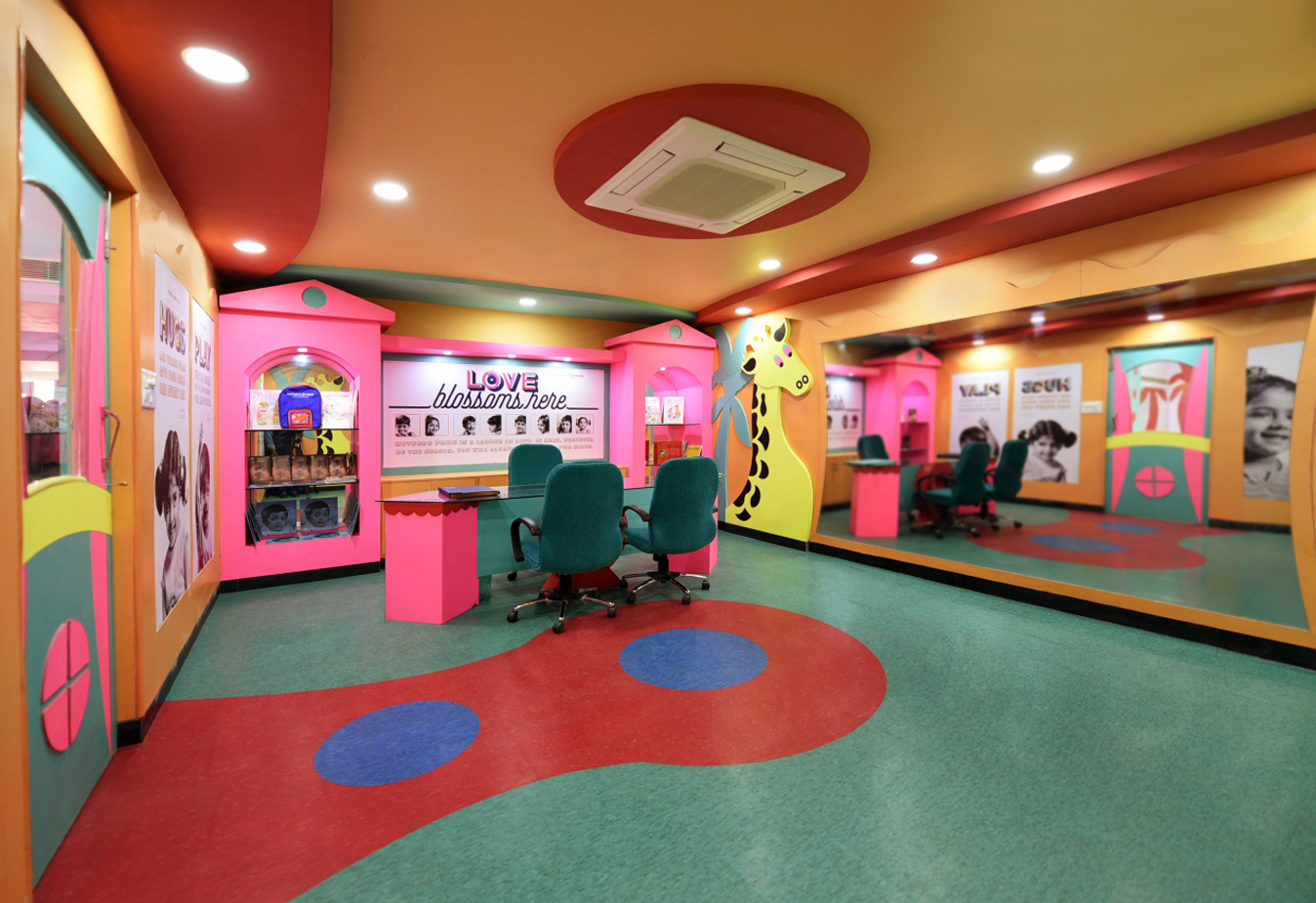 kids play school Dwarka Sector 17