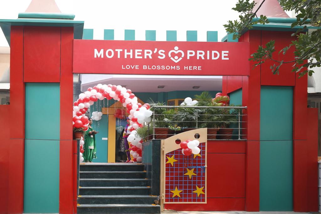 Mother's pride – Best Play School in Jangpura South Delhi