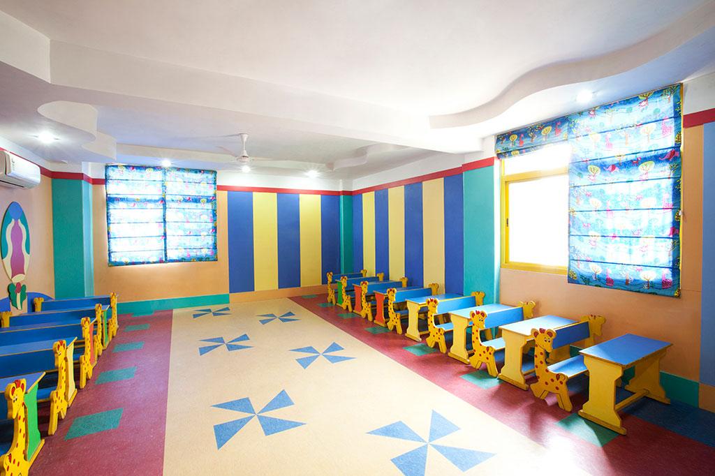 Mother s pride play school infrastructure preschool for Play school interiors pictures