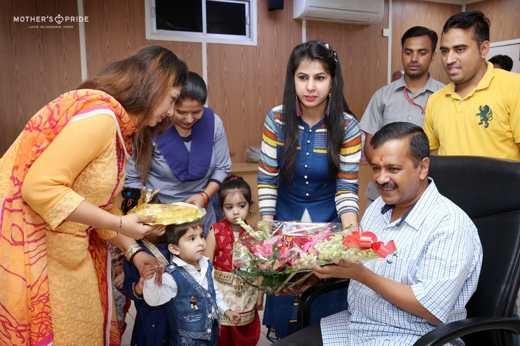 CELEBRATING RAKSHA BANDHAN WITH CM OF DELHI, SHRI ARVIND KEJRIWAL