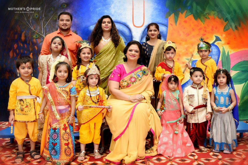 SUDHA MA'AM CELEBRATES JANMASHTAMI WITH LITTLE KANHAS & RADHAS