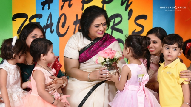 TINY TOTS SHOWER THEIR LOVE ON DEAREST SUDHA MAM ON TEACHER'S DAY