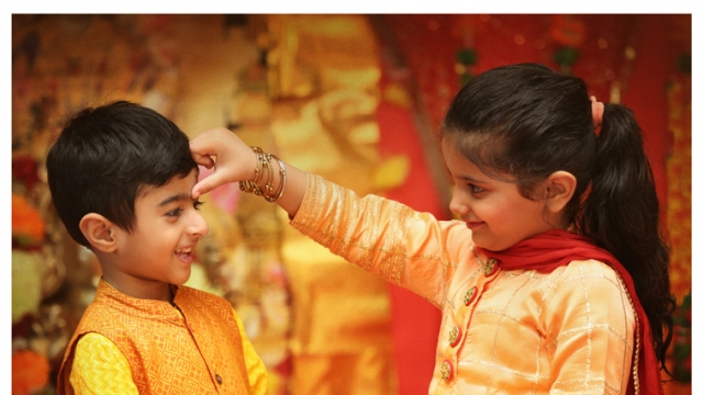 BHAI DOOJ: HERE'S TO AN ETERNAL BOND OF LOVE BETWEEN SIBLINGS!