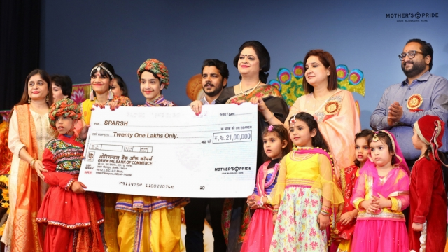 MOTHER'S PRIDE FAMILY PRESENT A GENEROUS DONATION TO SPARSH