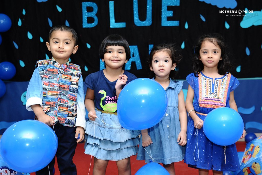 Mother's Pride » INTRODUCTION TO COLOUR BLUE: LOVE FOR NEW COLOURS